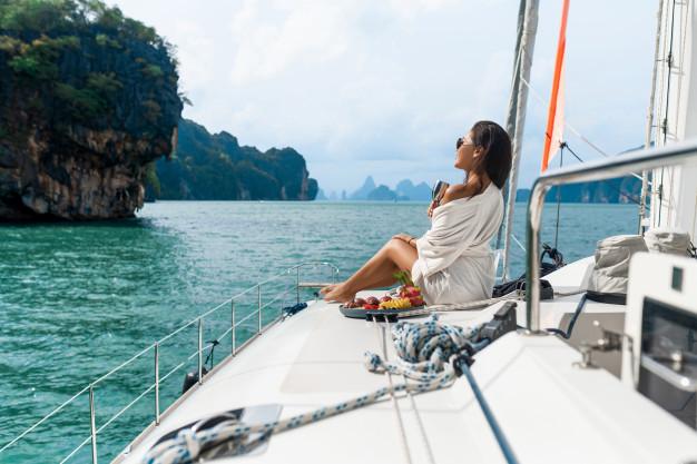 buying-luxury-yacht